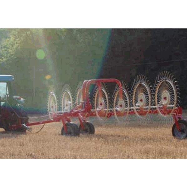 Rastrillo Tractor Hilerador Esparcidor de Soles RT
