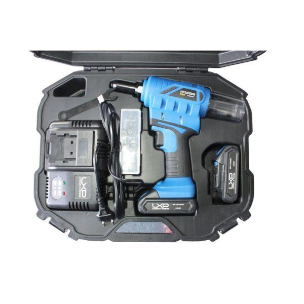Hyundai HYBR2201 battery riveter