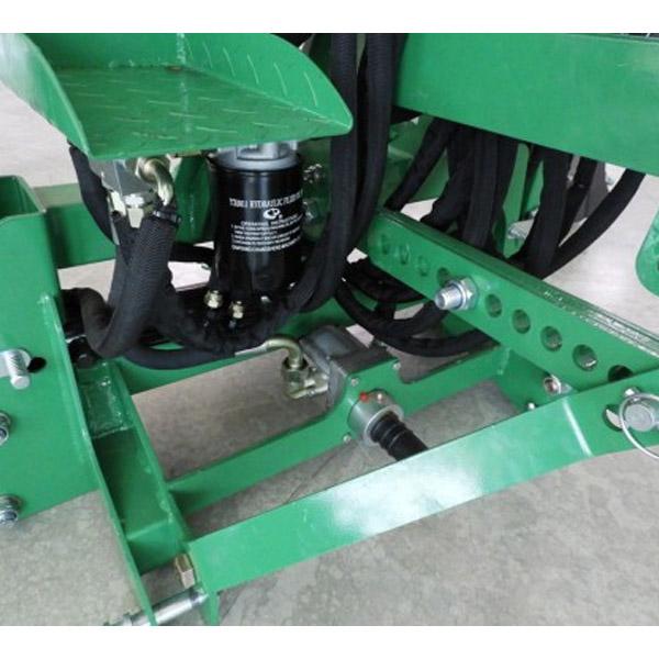 GEO ITALIEN BH5R-HSX Baggerlader für Traktor